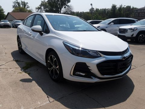 Pre-Owned 2019 Chevrolet Cruze LT FWD 4D Sedan